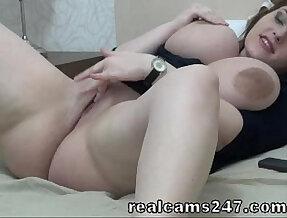 Sexy With her Huge Juggs On Webcam