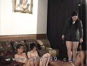 MLDO Big queen Naoko Oosako chair selection