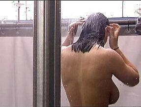 Bettie Ballhaus shower 2009