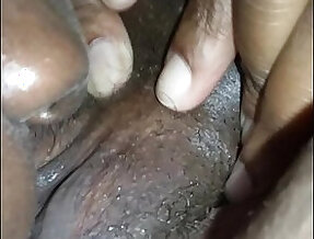 licks her pussy squirts