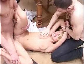 Hot blonde hottie gets cunt fucked. her name?