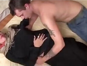 hijab girl her first porno shoot
