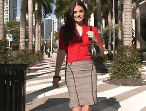 Angela Valentino\'s long lunch break